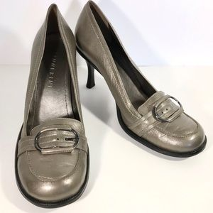 Gianni Bini Size 9 1/2 Gray Loafers with Heels